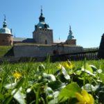 Blumen vor dem Schloss in Kalmar