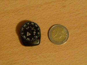 Suunto Clipper Vergleich mit einer 2€ Münze