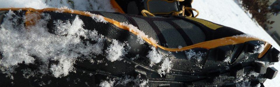 UL Trekking Schuhe im Schnee
