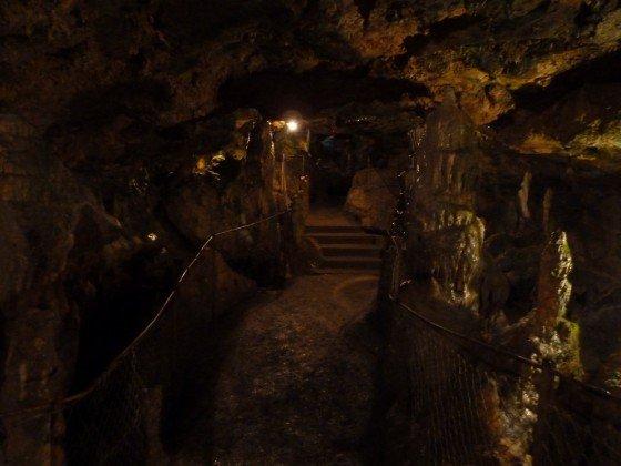 Höhlen-Lichterspiel