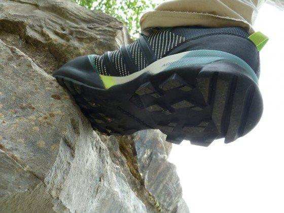 Adidas Terrex Scope GTX auf Fels