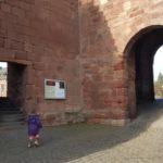 Der Vorhof der Burg Nideggen